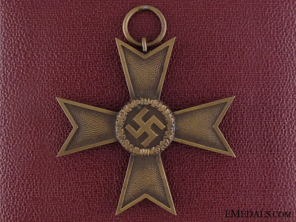 eMedals-A Second War War Merit Cross; 2nd Class with Cased