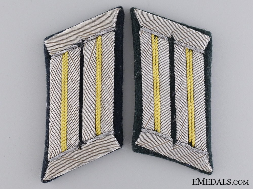 eMedals-A Set of Army Signals Collar Tabs