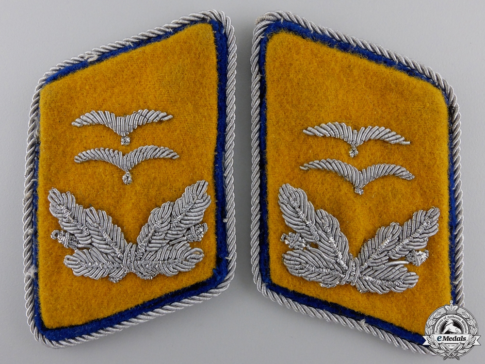 eMedals-A Set of Luftwaffe Reserve Oberleutnant's Collar Tabs