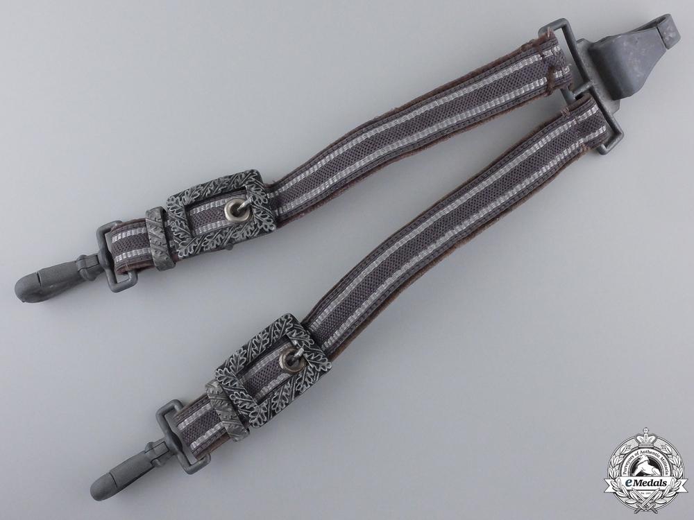 eMedals-A Set of Luftwaffe Dagger Hangers