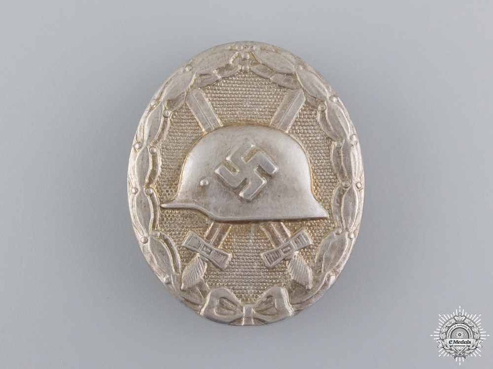 eMedals-A Silver Grade Wound Badge by Ferdinand Hoffstätter