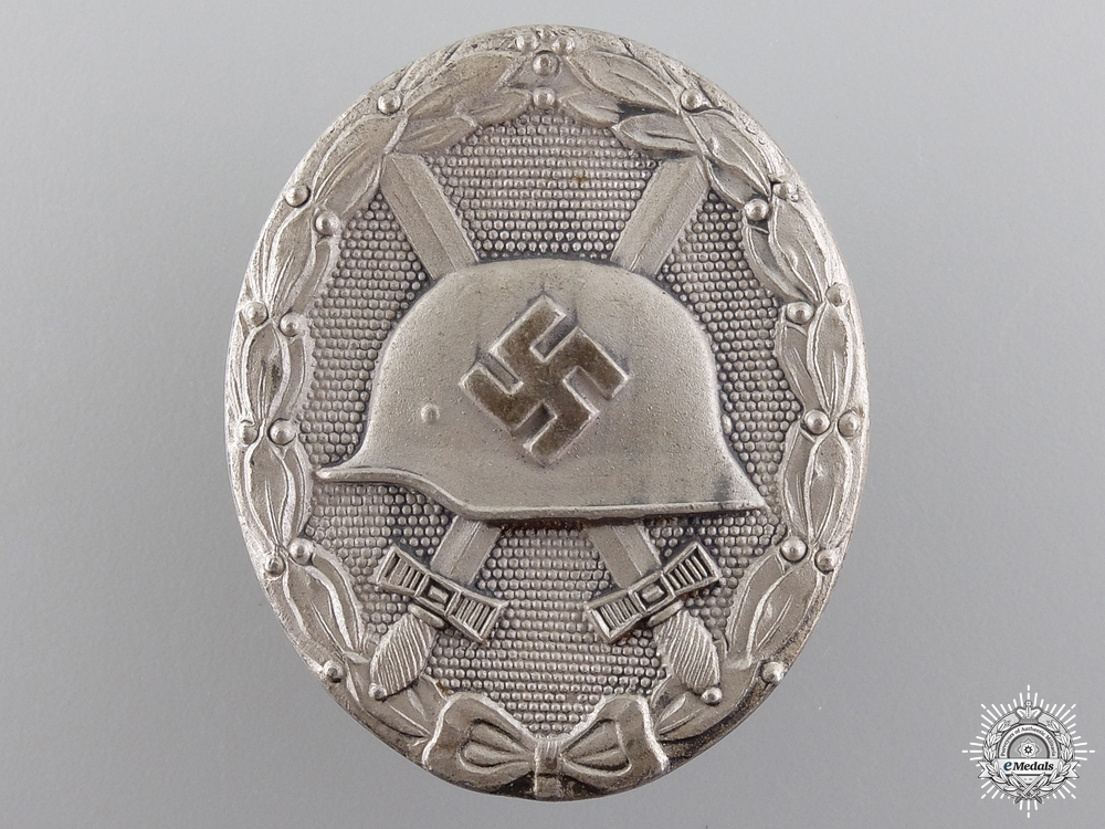 eMedals-A Silver Grade Wound Badge