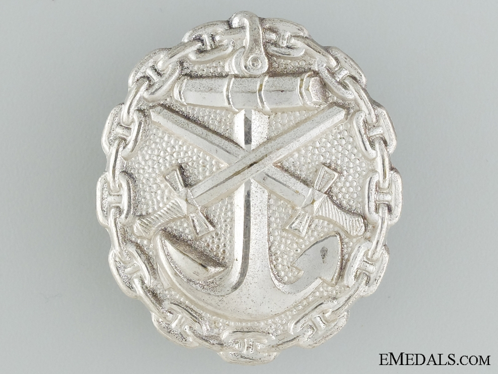 eMedals-A Mint Silver Grade First War German Naval Wound Badge