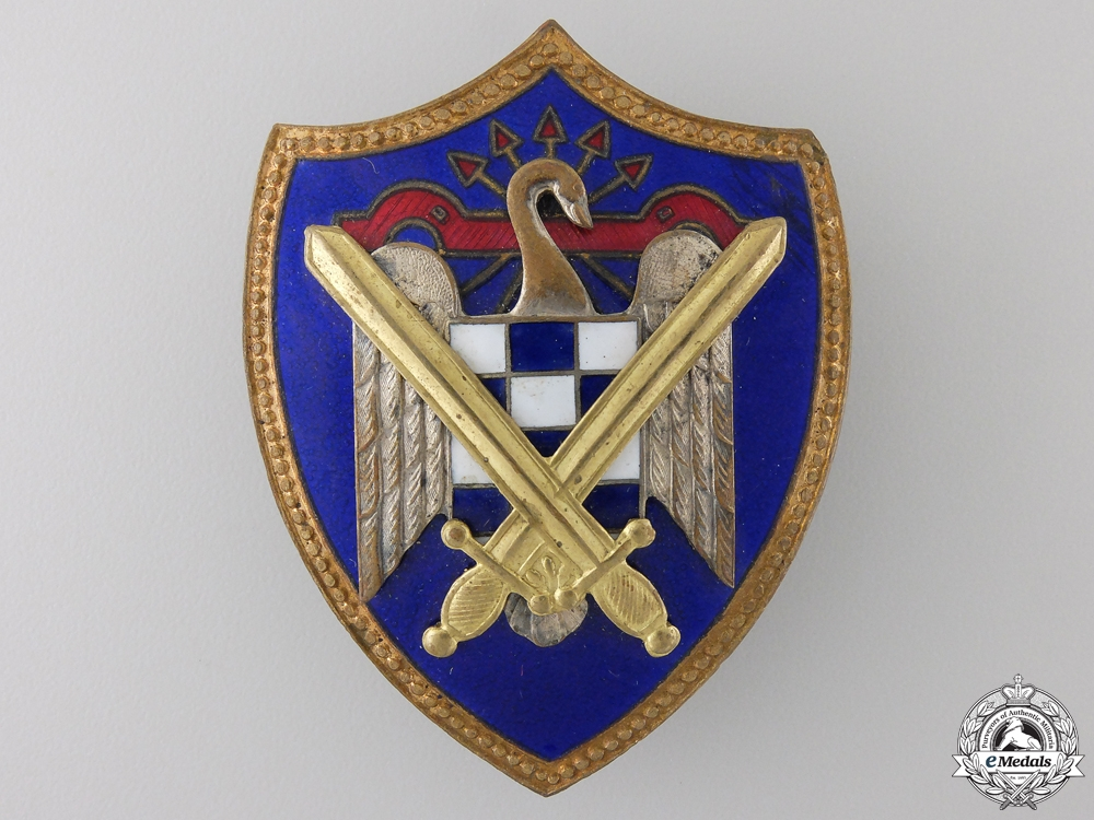 eMedals-A Spanish Army Falange Badge