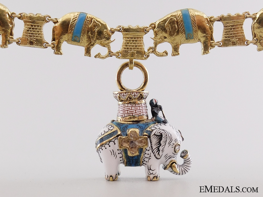 eMedals-A Superb Danish Order of the Elephant Miniature Collar in Gold