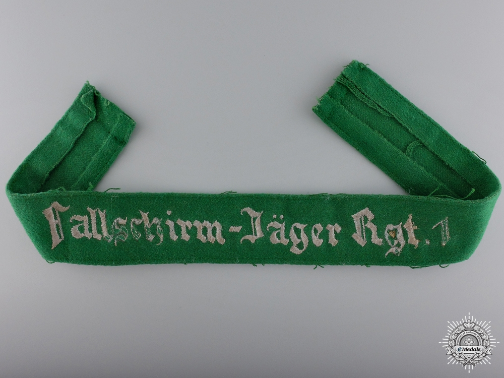 eMedals-A Uniform Removed 1st Fallschirmjäger Regiment Cufftitle