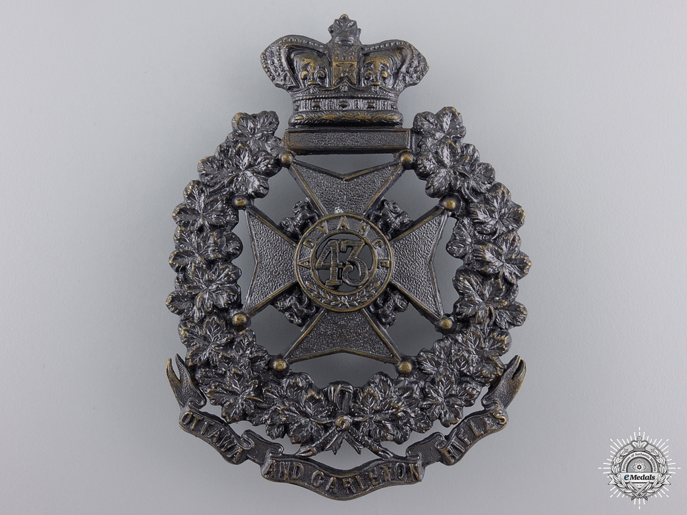 eMedals-A Victorian 43rd Ottawa and Carleton Battalion of Rifles Badge
