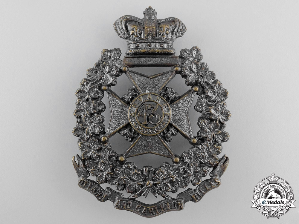 eMedals-A Victorian 43rd Ottawa and Carleton Battalion of Rifles Badge