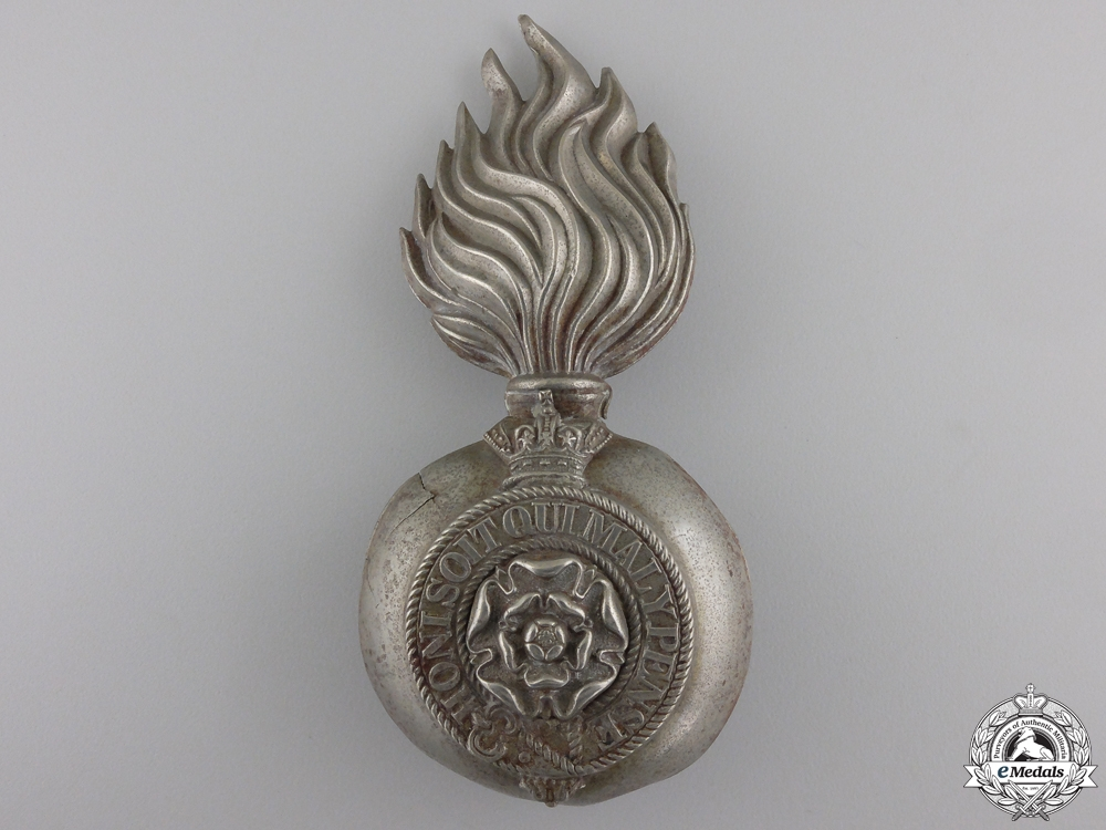 eMedals-A Victorian Royal Fusiliers Grenade Badge