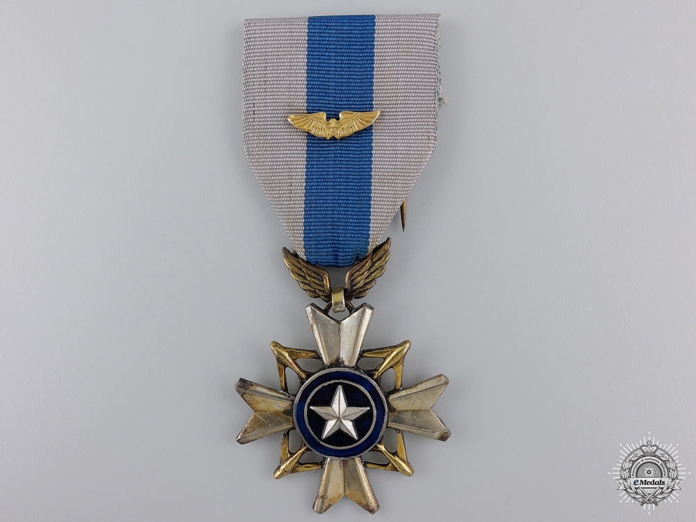 eMedals-A Vietnamese Air Cross of Gallantry
