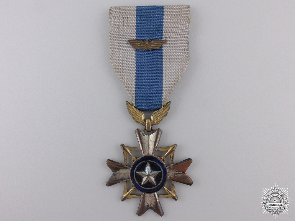 eMedals-A Vietnamese Air Gallantry Cross; Silver Wing