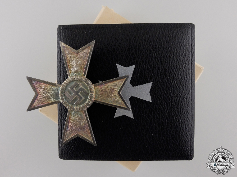 eMedals-A War Merit Cross First Class by Deschler in Case with Outer Cartonage