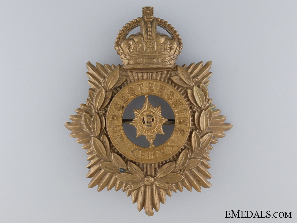 eMedals-A Worchestershire Regiment Helmet Plate
