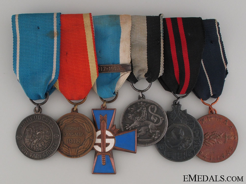 eMedals-A WWI & WWII Finnish Medal Group