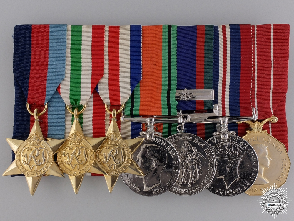 eMedals-A WWII Canadian Group of Seven to Corporal G. Holloway