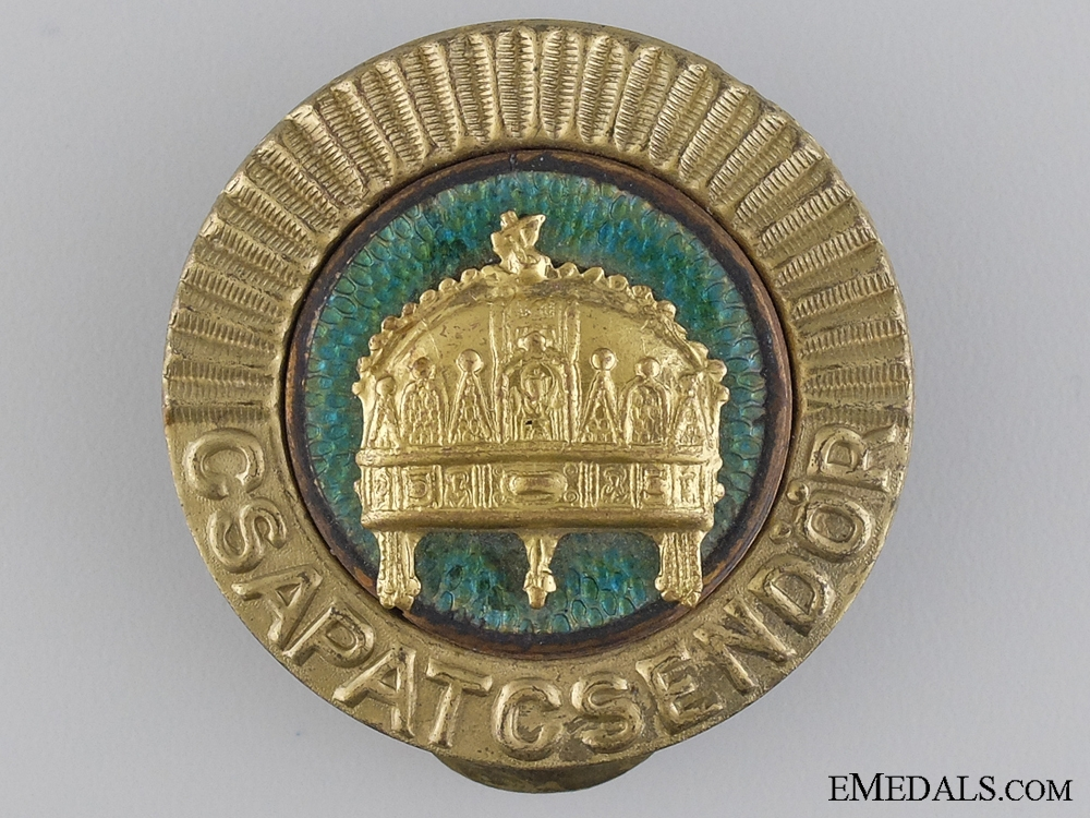 eMedals-WWII Period Hungarian Gendarmerie Cap Badge