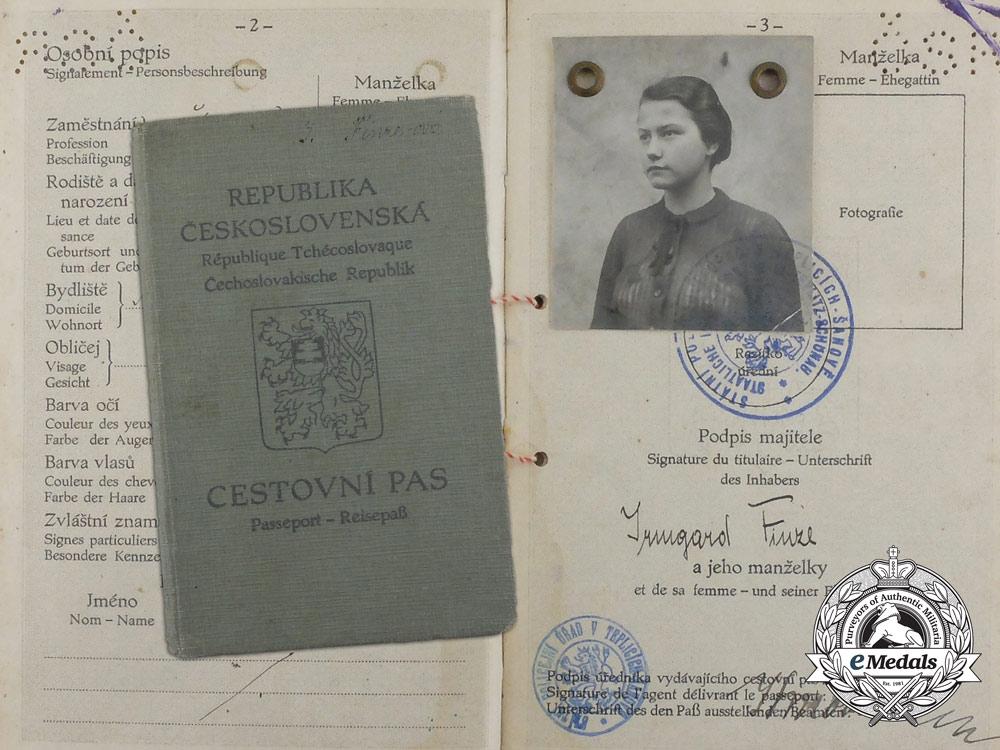 eMedals-A 1938 Czechoslovakian Passport with German Customs Service Photos