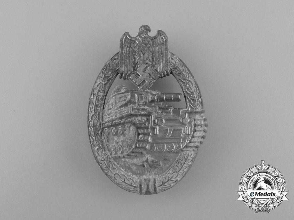 eMedals-A Second War Silver Grade Tank Badge