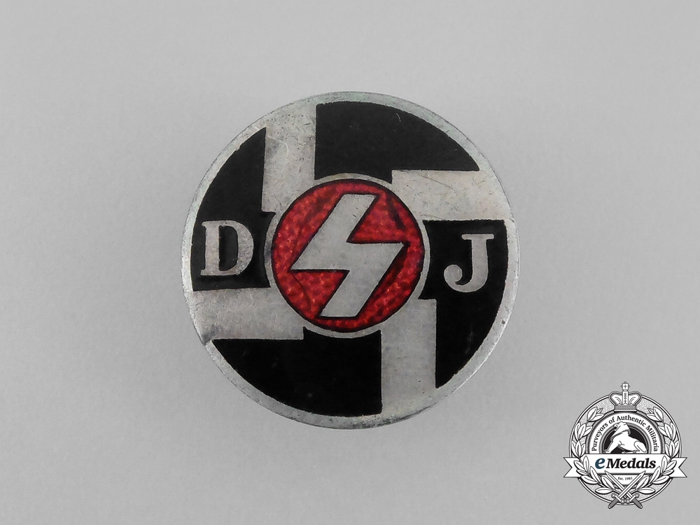 eMedals- A DJ (German Youths) Membership Badge by Fritz Zimmermann