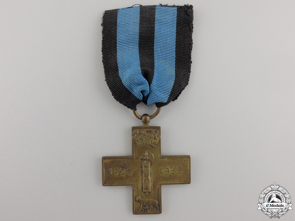 eMedals-An 1920-1922 Italian Cross for the March on Rome