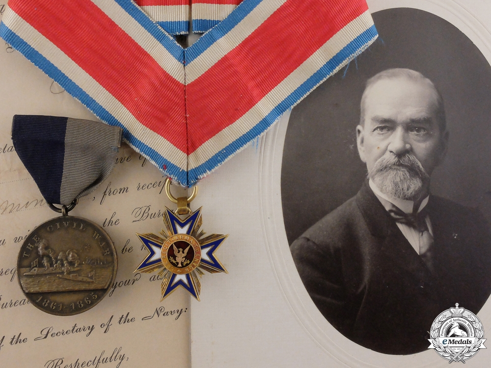 eMedals-An American Civil War Military Loyal Legion Order Medal Pair