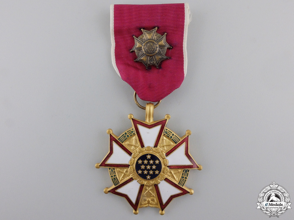 eMedals-An American Legion of Merit; Officer's Breast Badge