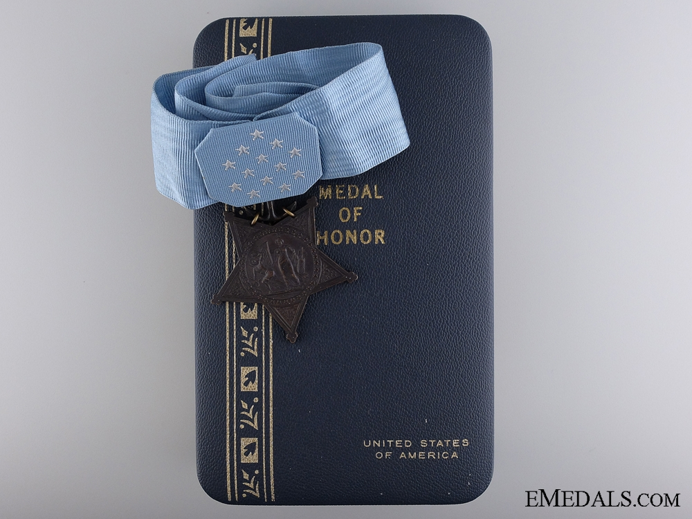 eMedals-An American Navy Issue Medal of Honor; 1964 - Present