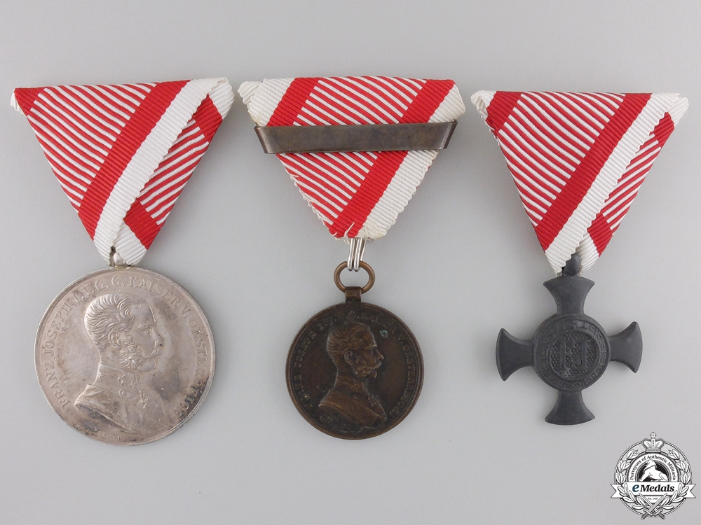eMedals-An Austrian Group of Three Awards