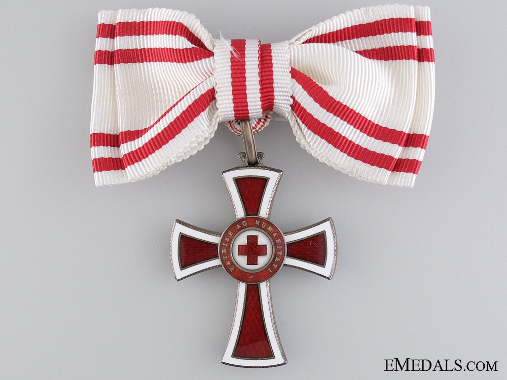 eMedals-An Austrian Honour Decoration of the Red Cross; 2nd Class for Ladies