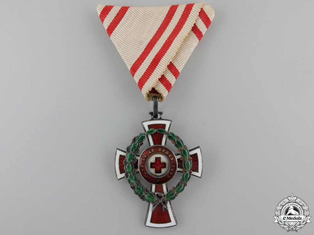 eMedals-An Austrian Honour Decoration of the Red Cross; 2nd Class with War Decoration