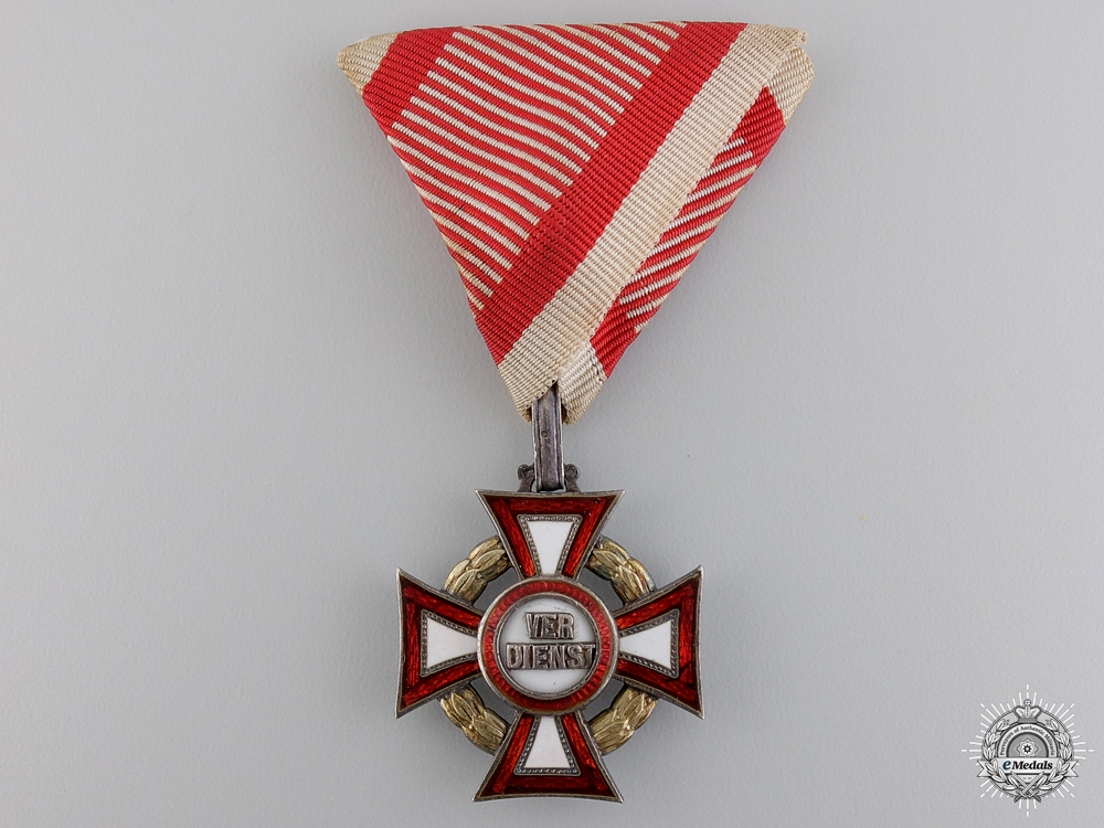 eMedals-An Austrian Military Merit Cross with War Decoration by A.E. Köchert