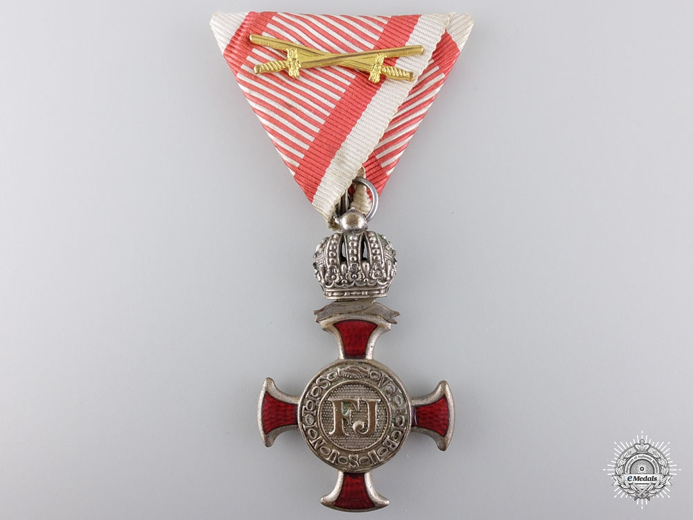 eMedals-An Austrian Silver Cross of Merit with Crown & Decoration
