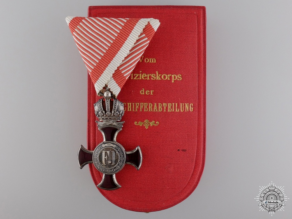 eMedals-An Austrian War Merit Cross for Officer's of the Airship Division