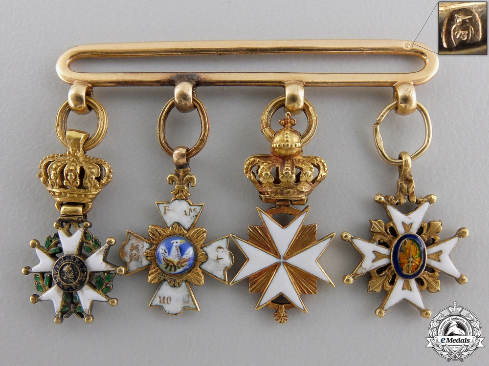 eMedals-An Early & Outstanding Napoleonic Miniature Group in Gold