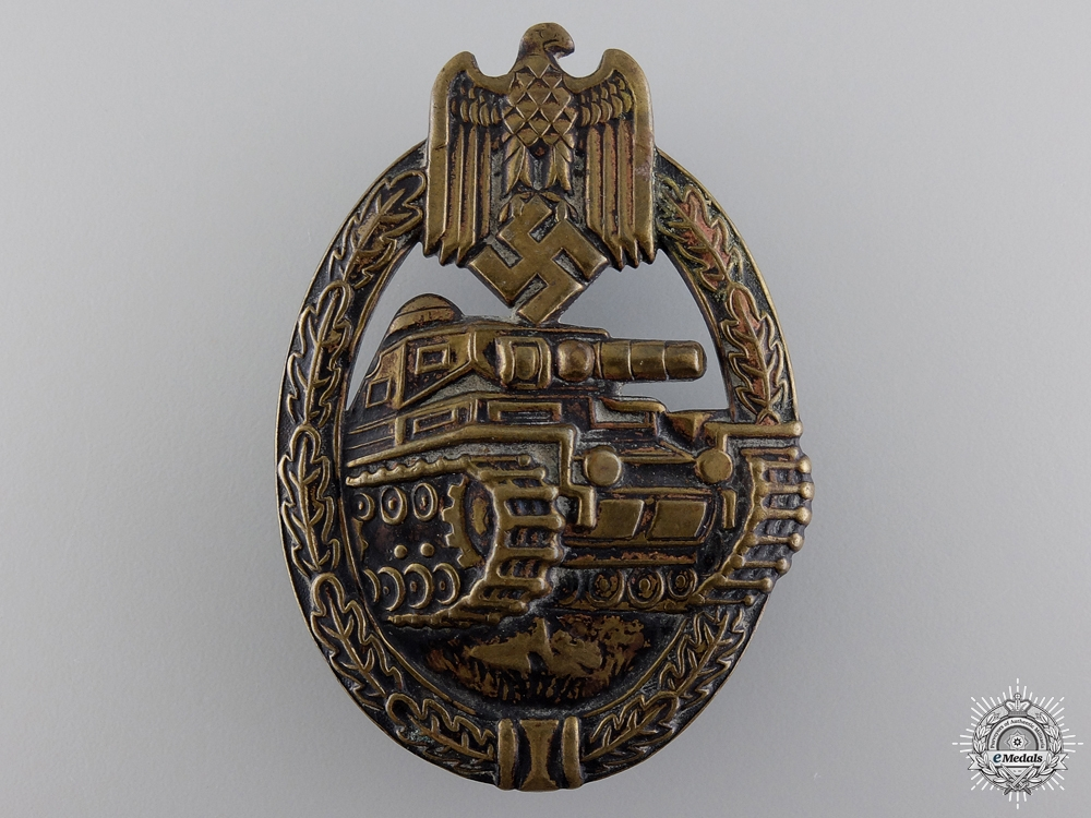 eMedals-An Early Bronze Grade Tank Assault Badge by B.H. Mayer