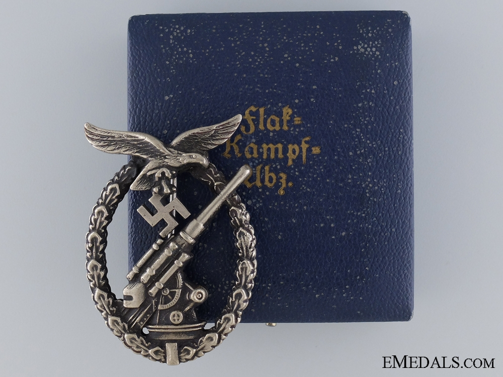eMedals-An Early Cased Luftwaffe Flak Badge by Juncker