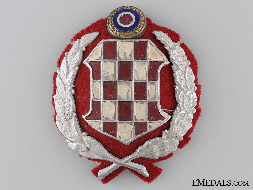 eMedals-An Early Croatian WWII Period Gendarmerie Cap Badge