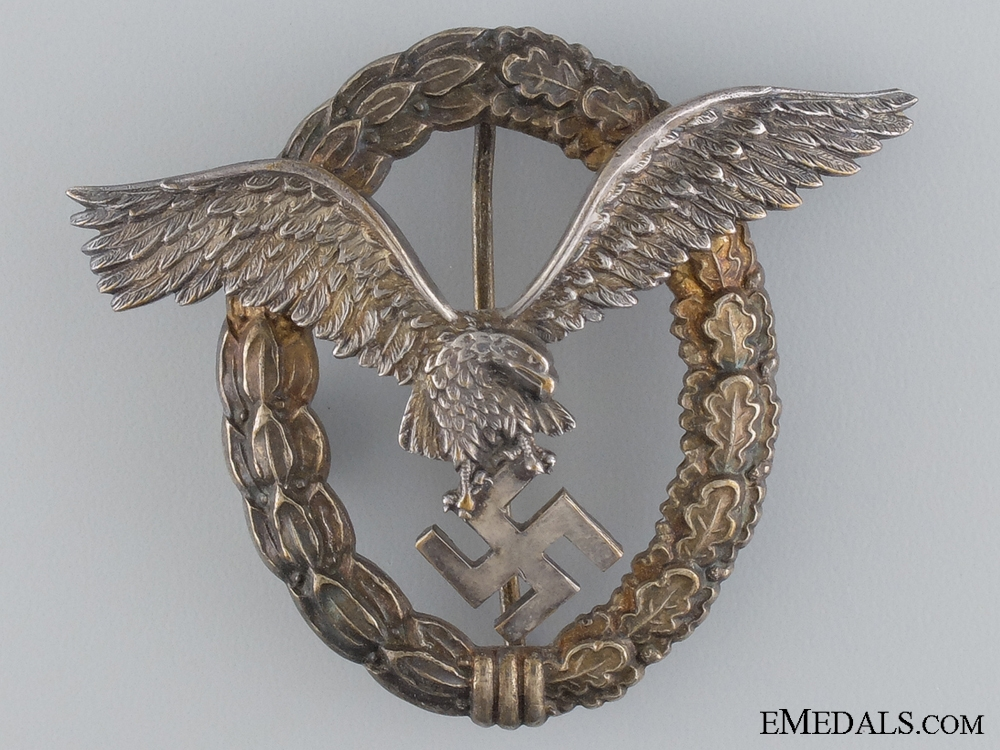 eMedals-An Early Luftwaffe Pilot's Badge Named to Klalber