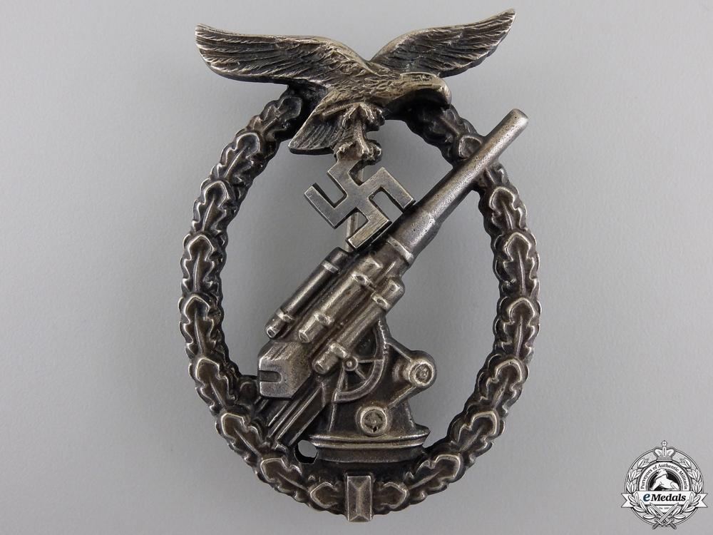 eMedals-An Early Luftwaffe Flak Badge by Juncker