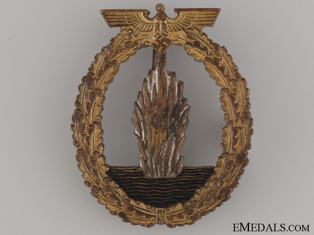 eMedals-An Early Minesweeper War Badge - Marked L/53