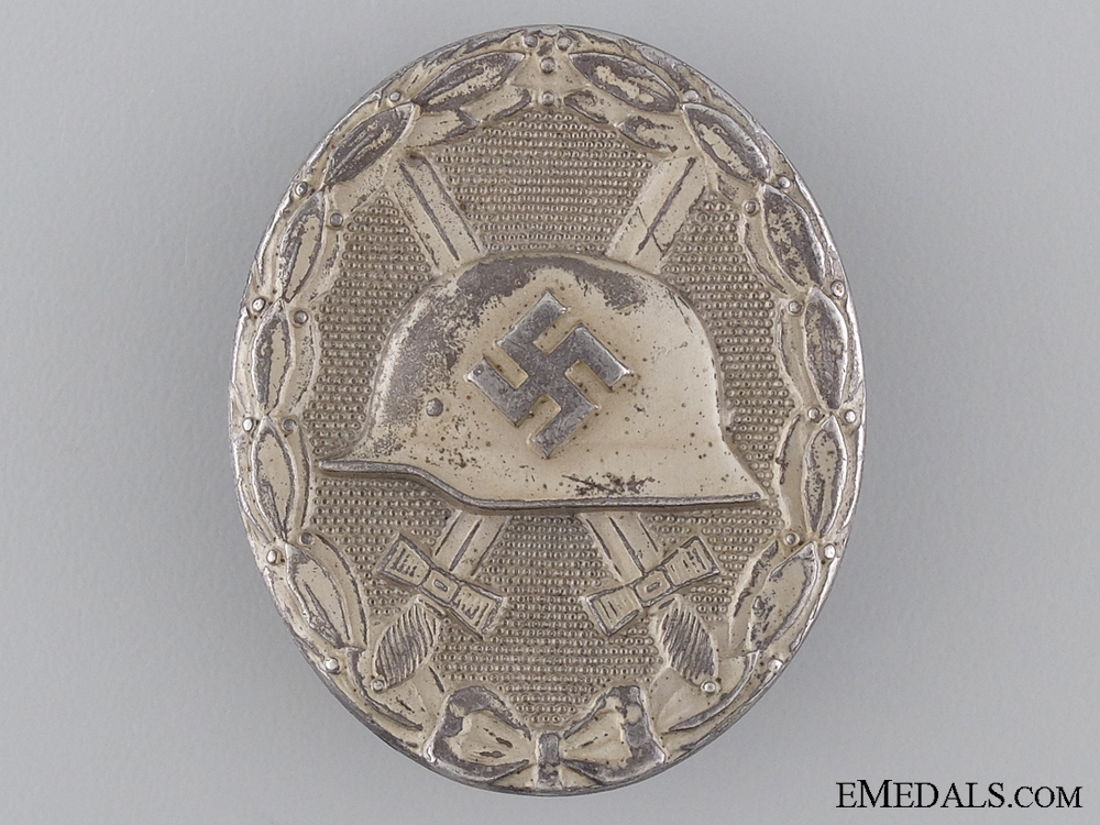 eMedals-An Early Silver Grade Wound Badge