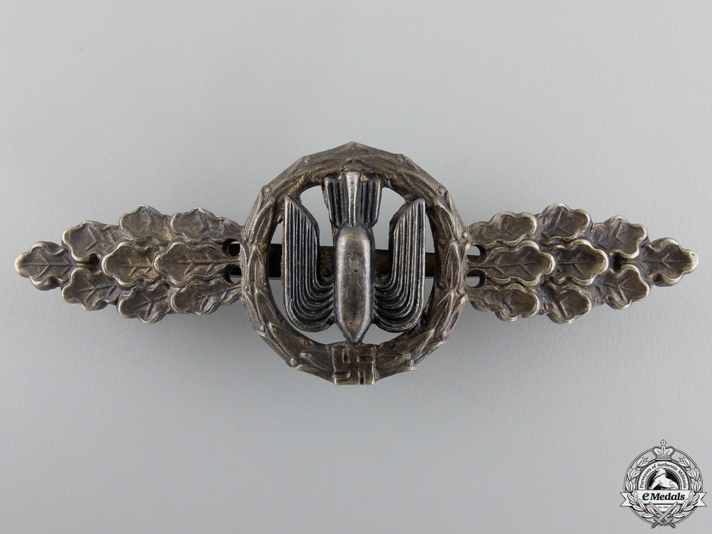 eMedals-An Early Silver Grade Luftwaffe Bomber Squadron Clasp