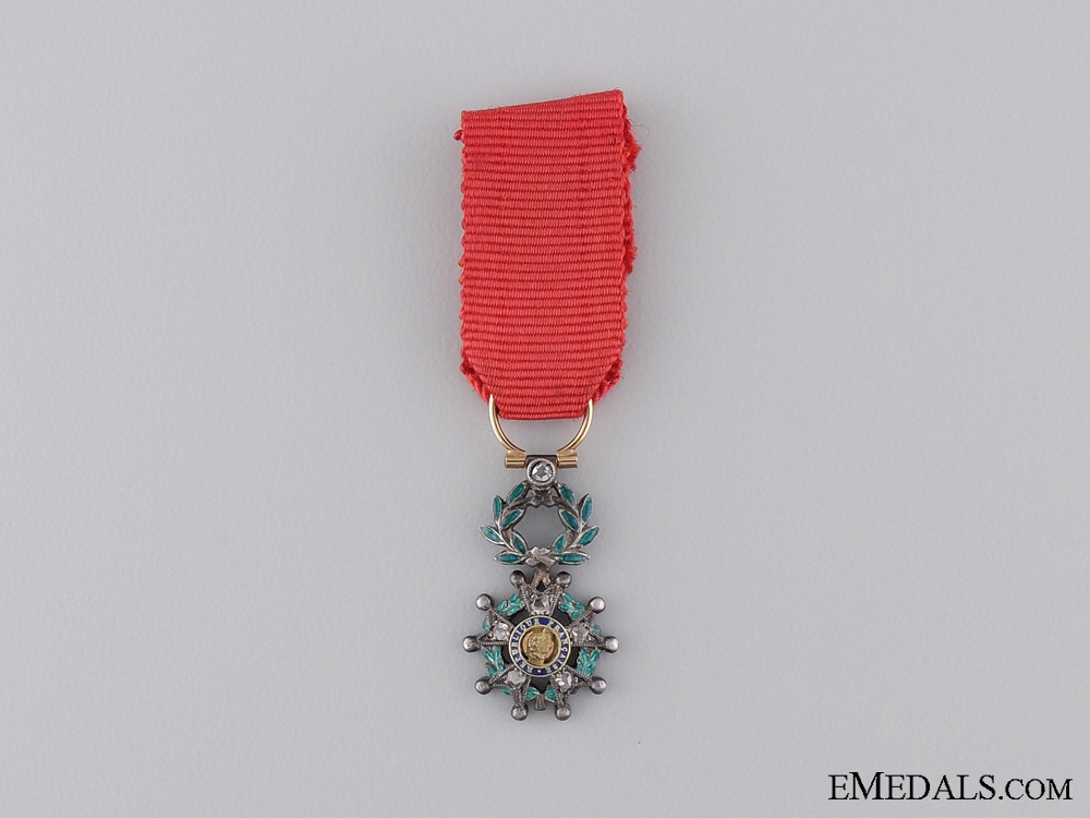 eMedals-An Exqusite Miniature Legion D'Honneur with Diamonds