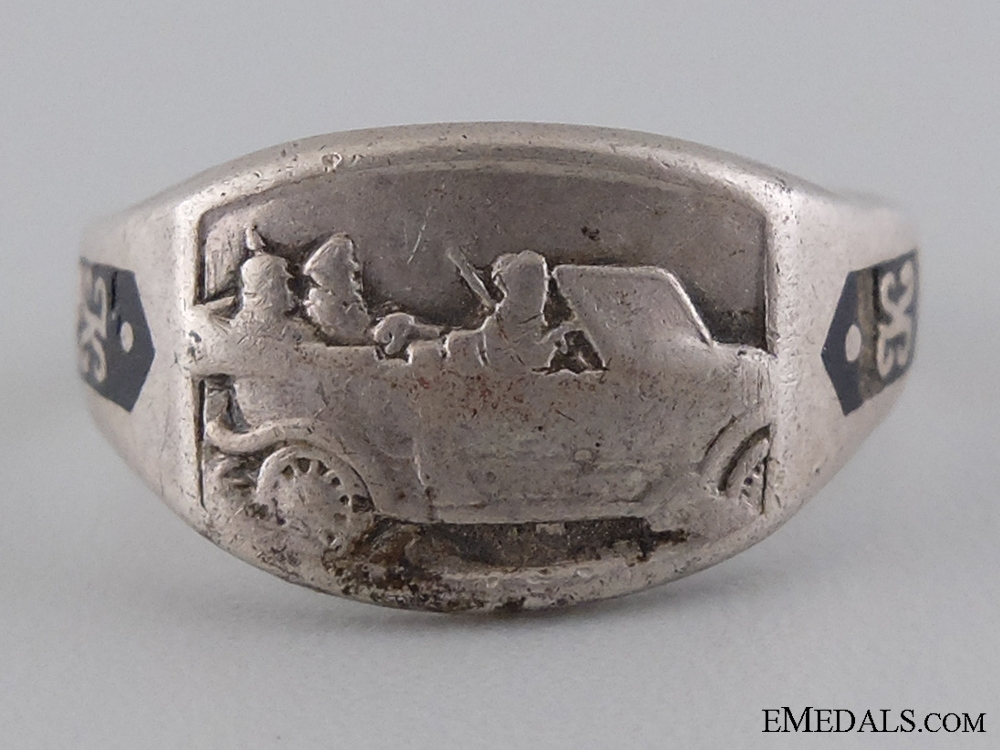eMedals-An Extremely Rare WWI Military Car Driver's Silver Ring