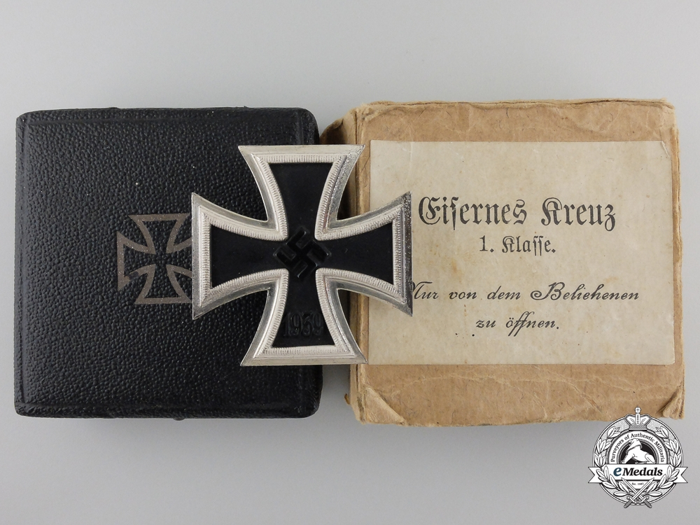 eMedals-An First Class Iron Cross 1939 by B.H. Mayer with Case & Carton
