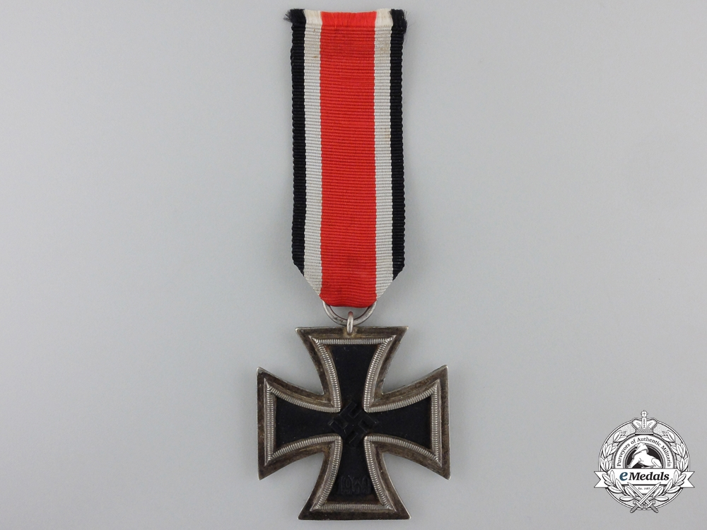 eMedals-An Iron Class Second Class 1939; Marked 24