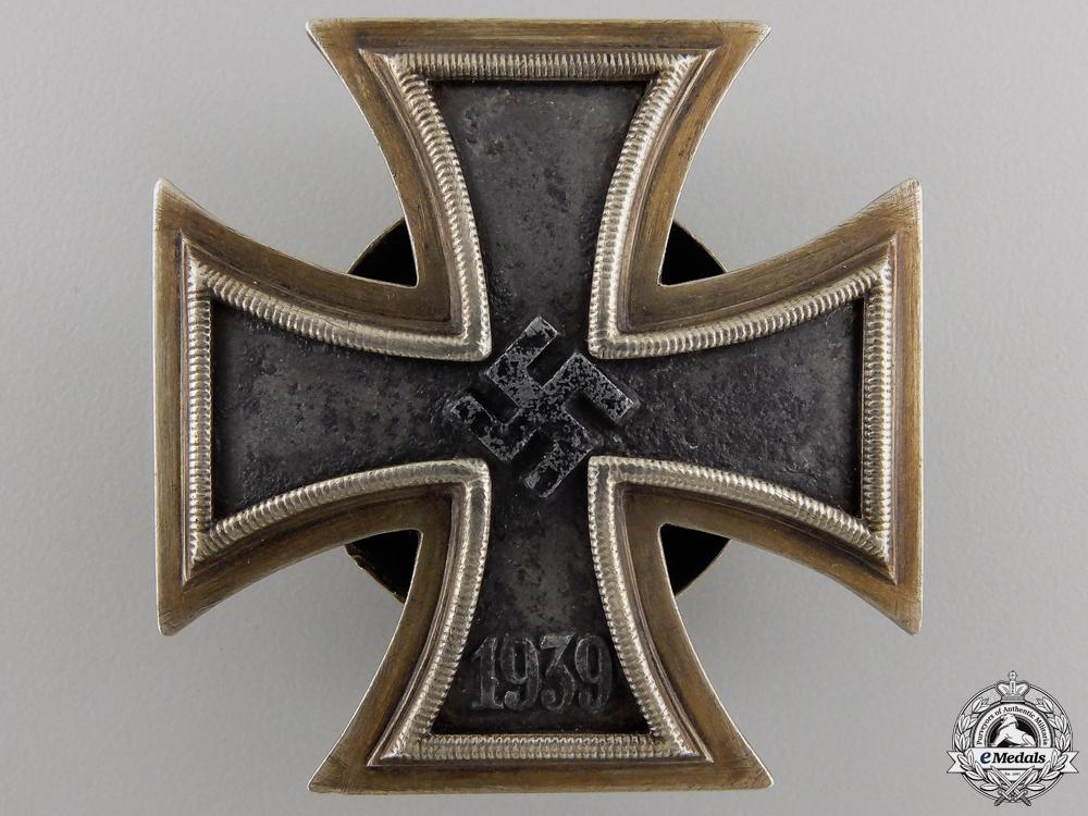 eMedals-An Iron Cross First Class 1939 by C.E.Juncker