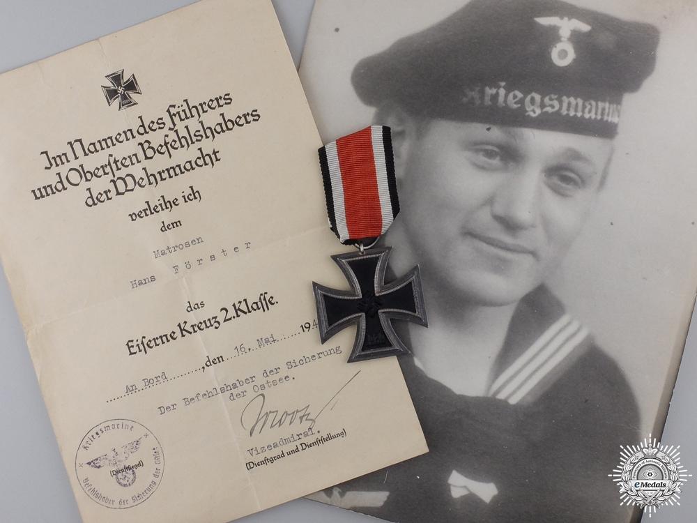 eMedals-An Iron Cross Second Class & 1940 Document to the Kriegsmarine