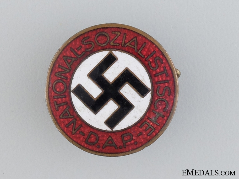 eMedals-An NSDAP Membership Badge; RZM Marked