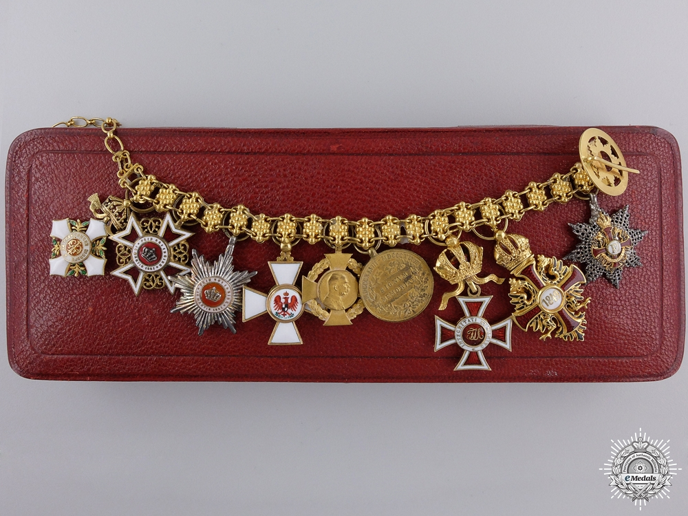 eMedals-An Outsanding Austrian Miniature Award Chain in Gold by Rothe